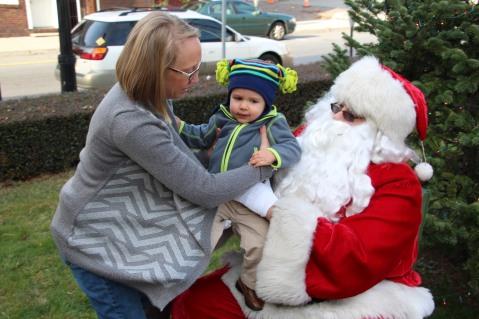 Santa Claus Stops at American Hose Company, Tamaqua, 12-20-2015 (65)