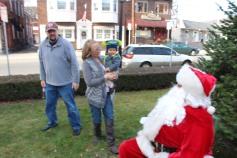 Santa Claus Stops at American Hose Company, Tamaqua, 12-20-2015 (73)