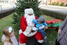 Santa Claus Stops at American Hose Company, Tamaqua, 12-20-2015 (74)