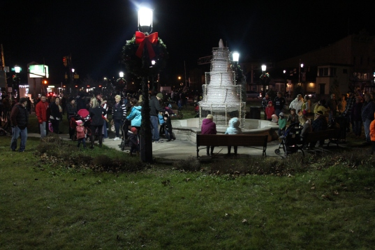 Santa Parade and Park Illumination, Depot Square Park, Tamaqua, 12-4-2015 (1)