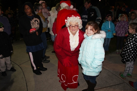 Santa Parade and Park Illumination, Depot Square Park, Tamaqua, 12-4-2015 (34)