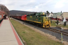 Santa Train Rides, via Tamaqua Historical Society, Train Station, Tamaqua, 12-19-2015 (105)