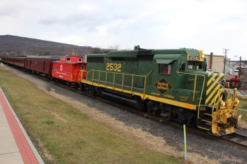 Santa Train Rides, via Tamaqua Historical Society, Train Station, Tamaqua, 12-19-2015 (109)