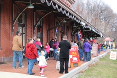 Santa Train Rides, via Tamaqua Historical Society, Train Station, Tamaqua, 12-19-2015 (19)