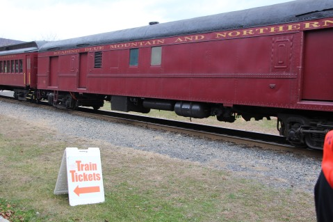 Santa Train Rides, via Tamaqua Historical Society, Train Station, Tamaqua, 12-19-2015 (21)