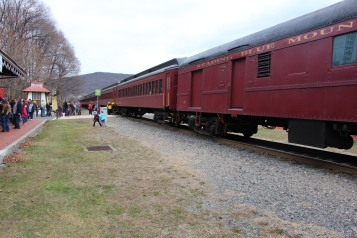 Santa Train Rides, via Tamaqua Historical Society, Train Station, Tamaqua, 12-19-2015 (24)