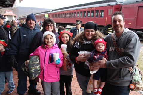 Santa Train Rides, via Tamaqua Historical Society, Train Station, Tamaqua, 12-19-2015 (37)