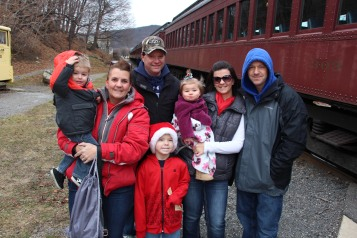 Santa Train Rides, via Tamaqua Historical Society, Train Station, Tamaqua, 12-19-2015 (43)
