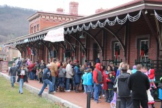 Santa Train Rides, via Tamaqua Historical Society, Train Station, Tamaqua, 12-19-2015 (50)
