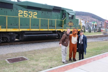Santa Train Rides, via Tamaqua Historical Society, Train Station, Tamaqua, 12-19-2015 (78)