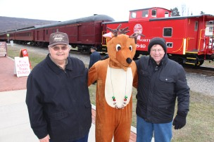 Santa Train Rides, via Tamaqua Historical Society, Train Station, Tamaqua, 12-19-2015 (80)