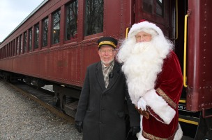 Santa Train Rides, via Tamaqua Historical Society, Train Station, Tamaqua, 12-19-2015 (82)