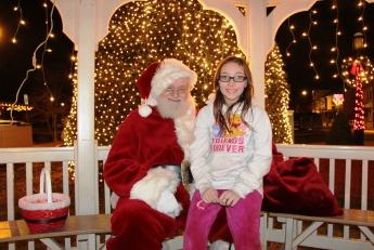 Santa Visits Depot Square Park Pavilion in Tamaqua, 12-11-2015 (12)