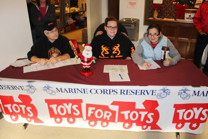 SCMCL Toys For Tots, Salvation Army, Distribution, Lehighton (43)