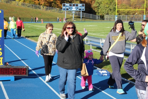 SubUrban 5k Run, Memory of Thelma Urban, TASD Sports Stadium, Tamaqua, 10-17-2015 (130)