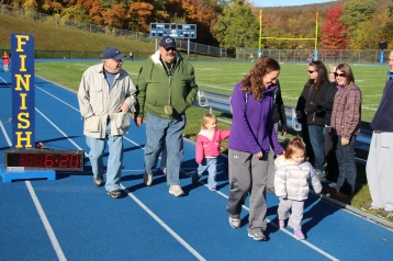 SubUrban 5k Run, Memory of Thelma Urban, TASD Sports Stadium, Tamaqua, 10-17-2015 (153)