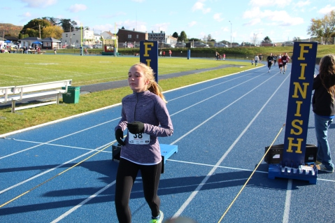 SubUrban 5k Run, Memory of Thelma Urban, TASD Sports Stadium, Tamaqua, 10-17-2015 (188)
