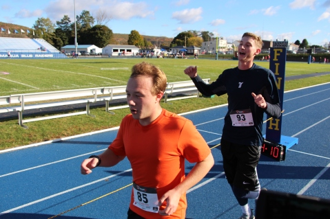 SubUrban 5k Run, Memory of Thelma Urban, TASD Sports Stadium, Tamaqua, 10-17-2015 (196)