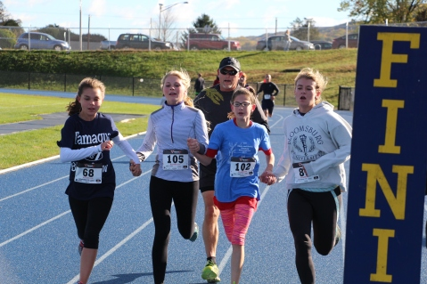 SubUrban 5k Run, Memory of Thelma Urban, TASD Sports Stadium, Tamaqua, 10-17-2015 (199)