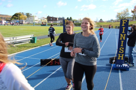 SubUrban 5k Run, Memory of Thelma Urban, TASD Sports Stadium, Tamaqua, 10-17-2015 (327)