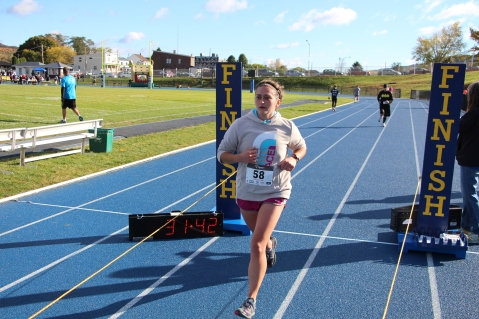 SubUrban 5k Run, Memory of Thelma Urban, TASD Sports Stadium, Tamaqua, 10-17-2015 (338)