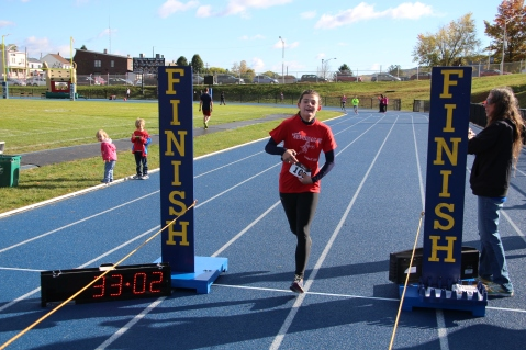 SubUrban 5k Run, Memory of Thelma Urban, TASD Sports Stadium, Tamaqua, 10-17-2015 (360)