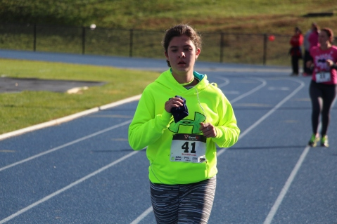 SubUrban 5k Run, Memory of Thelma Urban, TASD Sports Stadium, Tamaqua, 10-17-2015 (363)