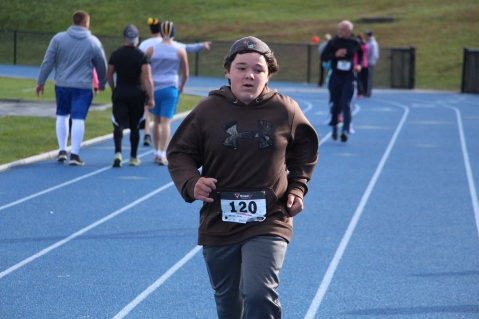 SubUrban 5k Run, Memory of Thelma Urban, TASD Sports Stadium, Tamaqua, 10-17-2015 (371)