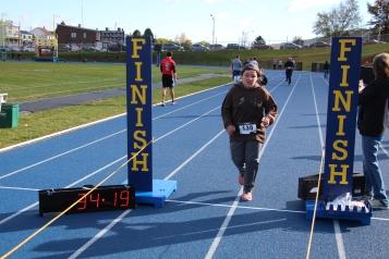 SubUrban 5k Run, Memory of Thelma Urban, TASD Sports Stadium, Tamaqua, 10-17-2015 (373)