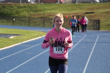 SubUrban 5k Run, Memory of Thelma Urban, TASD Sports Stadium, Tamaqua, 10-17-2015 (404)