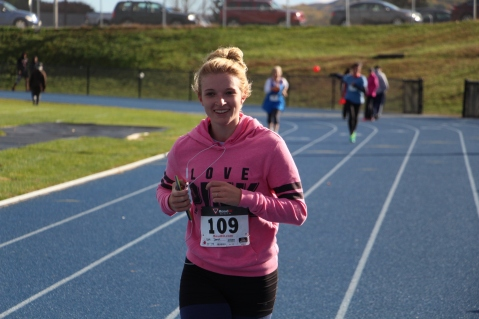 SubUrban 5k Run, Memory of Thelma Urban, TASD Sports Stadium, Tamaqua, 10-17-2015 (405)