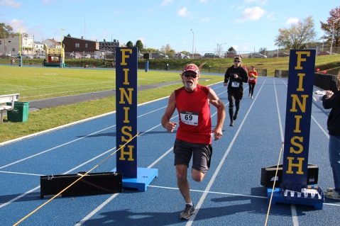 SubUrban 5k Run, Memory of Thelma Urban, TASD Sports Stadium, Tamaqua, 10-17-2015 (427)