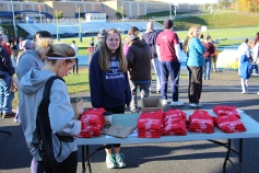 SubUrban 5k Run, Memory of Thelma Urban, TASD Sports Stadium, Tamaqua, 10-17-2015 (5)