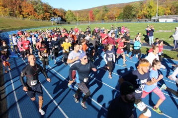 SubUrban 5k Run, Memory of Thelma Urban, TASD Sports Stadium, Tamaqua, 10-17-2015 (65)