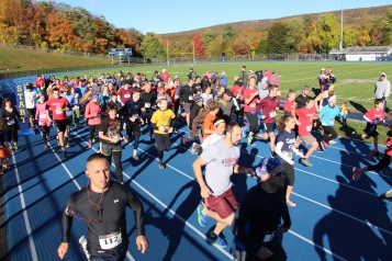 SubUrban 5k Run, Memory of Thelma Urban, TASD Sports Stadium, Tamaqua, 10-17-2015 (66)