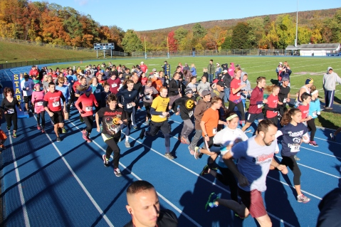 SubUrban 5k Run, Memory of Thelma Urban, TASD Sports Stadium, Tamaqua, 10-17-2015 (67)