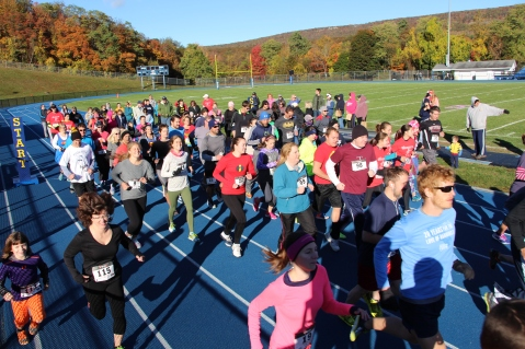 SubUrban 5k Run, Memory of Thelma Urban, TASD Sports Stadium, Tamaqua, 10-17-2015 (75)