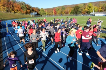 SubUrban 5k Run, Memory of Thelma Urban, TASD Sports Stadium, Tamaqua, 10-17-2015 (76)