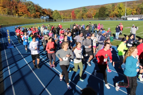 SubUrban 5k Run, Memory of Thelma Urban, TASD Sports Stadium, Tamaqua, 10-17-2015 (78)