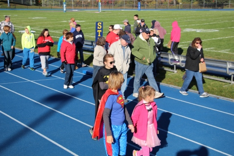 SubUrban 5k Run, Memory of Thelma Urban, TASD Sports Stadium, Tamaqua, 10-17-2015 (97)