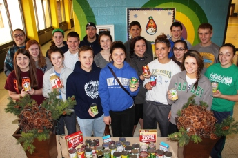 Tamaqua Area Student Government Association Donates Food, Trees, to Salvation Army, Tamaqua (8)