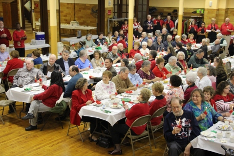 Tamaqua Community Advent Breakfast, Zion Evangelical Lutheran Church, Tamaqua, 12-12-2015 (102)