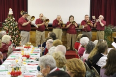 Tamaqua Community Advent Breakfast, Zion Evangelical Lutheran Church, Tamaqua, 12-12-2015 (24)
