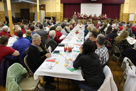 Tamaqua Community Advent Breakfast, Zion Evangelical Lutheran Church, Tamaqua, 12-12-2015 (33)