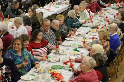 Tamaqua Community Advent Breakfast, Zion Evangelical Lutheran Church, Tamaqua, 12-12-2015 (88)