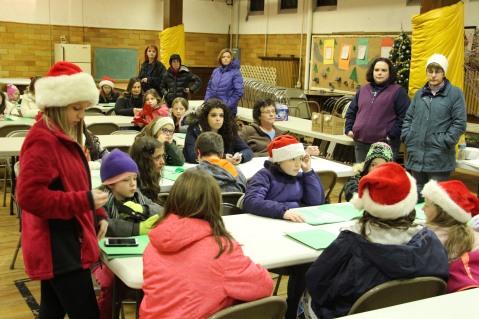 Tamaqua Girls Scouts Go Caroling, ABC Hi Rise, Majestic House, Tamaqua, 12-20-2015 (1)
