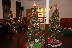 Tree Festival, Voting, Tamaqua Community Arts Center, Tamaqua, 12-4-2015 (30)