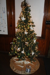Tree Festival, Voting, Tamaqua Community Arts Center, Tamaqua, 12-4-2015 (49)