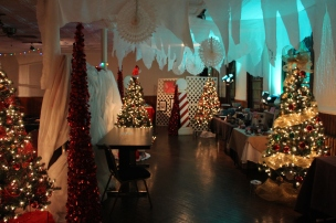 Tree Festival, Voting, Tamaqua Community Arts Center, Tamaqua, 12-4-2015 (53)