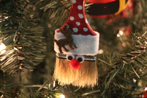 Tree Festival, Voting, Tamaqua Community Arts Center, Tamaqua, 12-4-2015 (54)